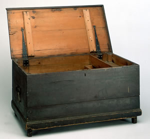 Flinders's sea chest